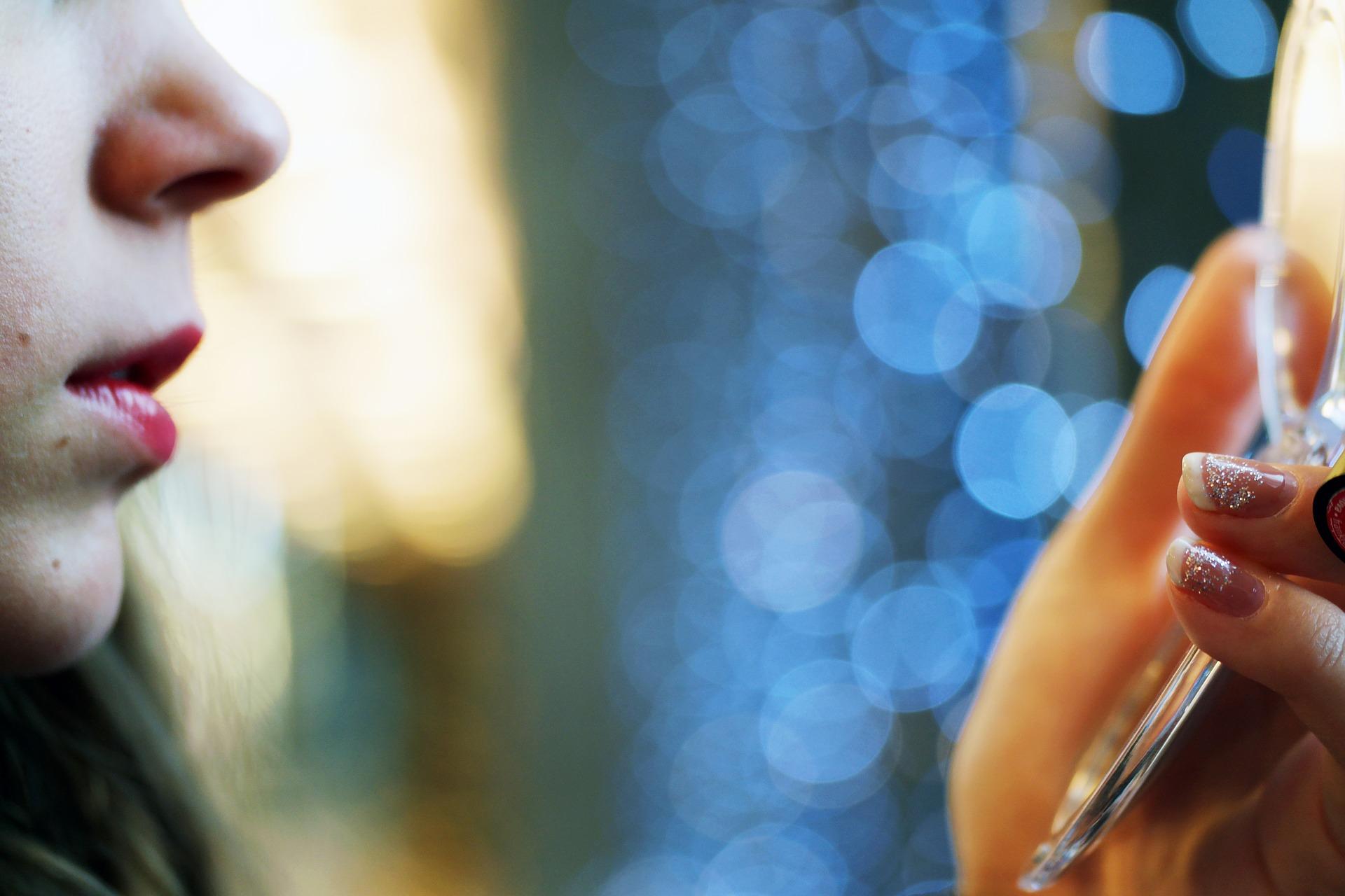 Cum putem lupta natural împotriva acneei?